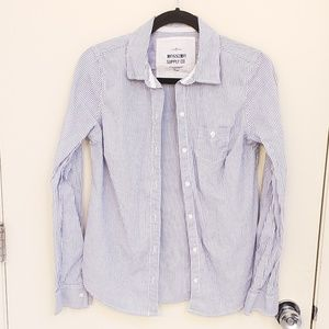 Mossimo Blue and White Striped Button Down Shirt L